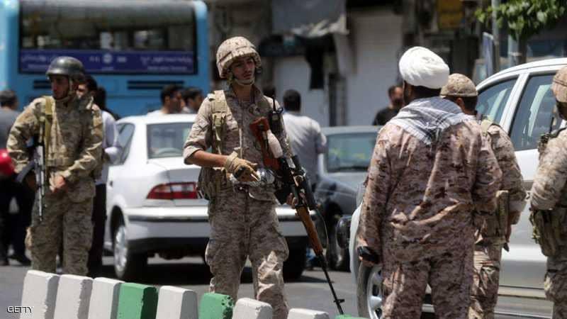 عنصر بالحرس الثوري يلقى مصرعه في مواجهات مع عناصر مسلحة بكرمنشاه