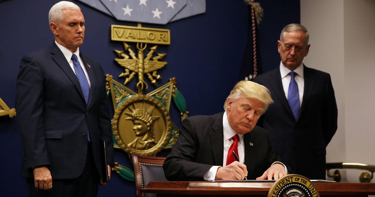 العقوبات الأمريكية على إيران.. القطاعات والشركات المستهدفة
