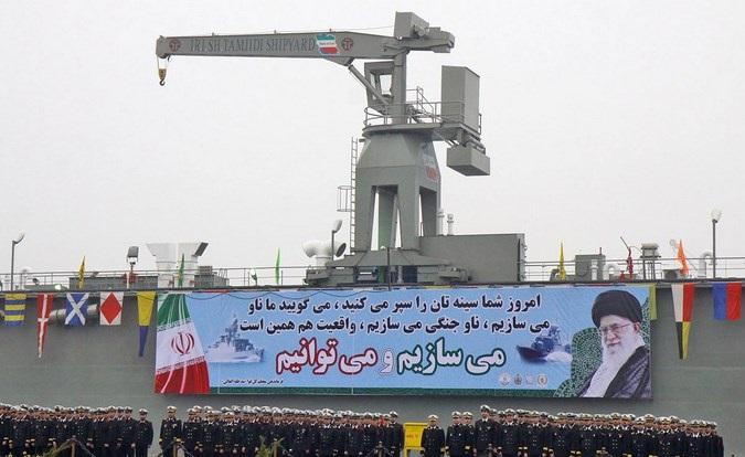 الحرس الثوري ومضيق هرمز: دراسة في قدرات القوات البحرية الإيرانية