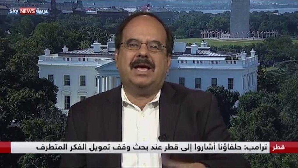 مقابلة سابقة للسفير ألبرتو فرنانديز مع قناة سكاي نيوز عربية، وهو ضيف دائم الظهور لدى الإخباريات العربية.