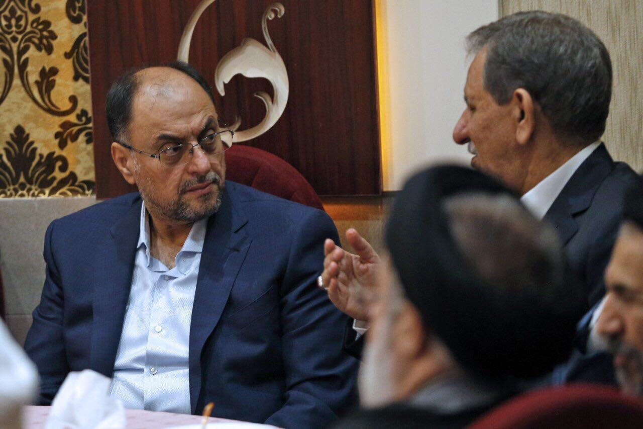 وحيد حقانيان.. قصة جنرال غامض أقنع ظريف بالعدول عن استقالته