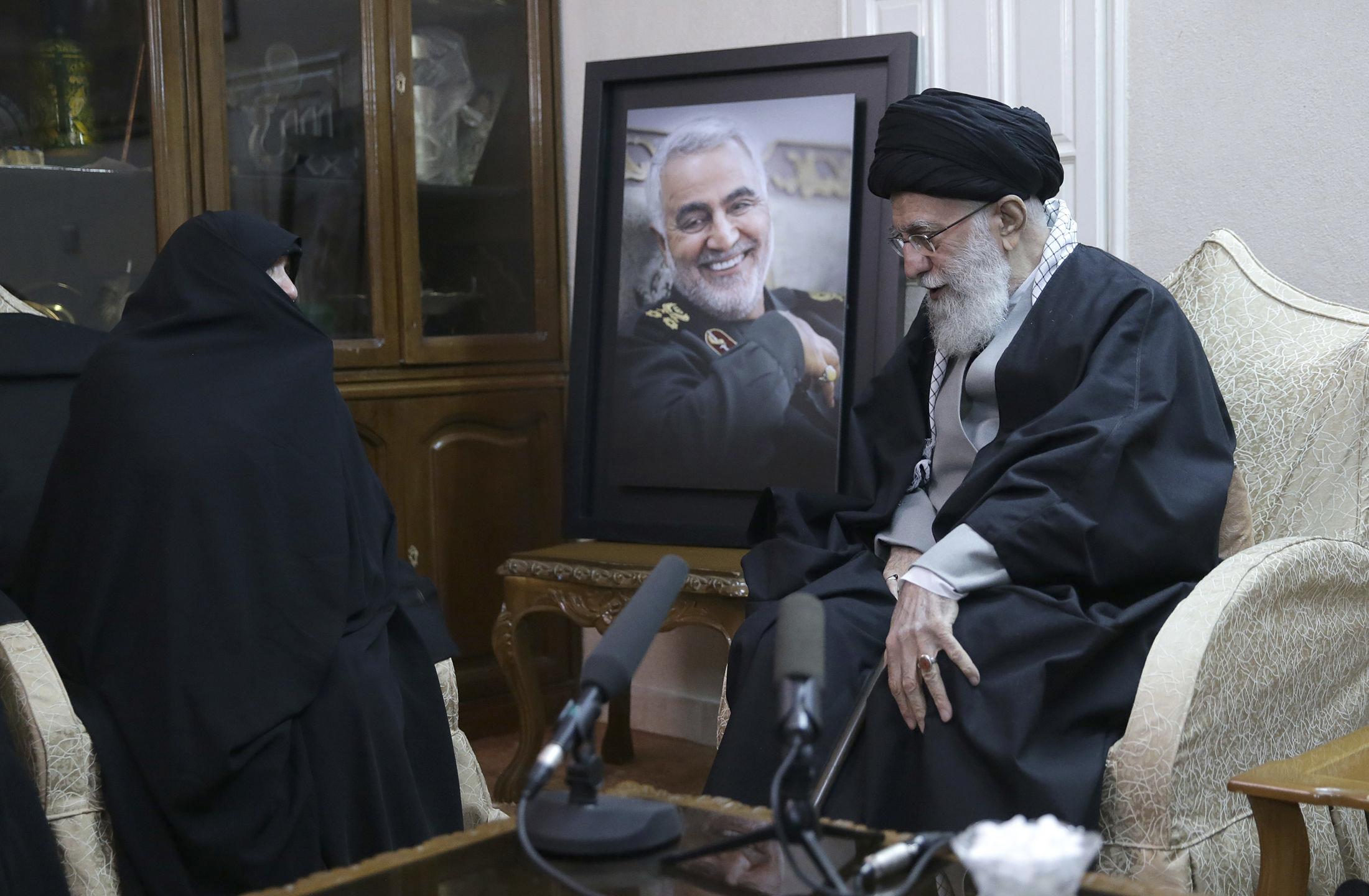 خياران كارثيان: سيناريوهات الرد الإيراني على اغتيال قاسم سليماني