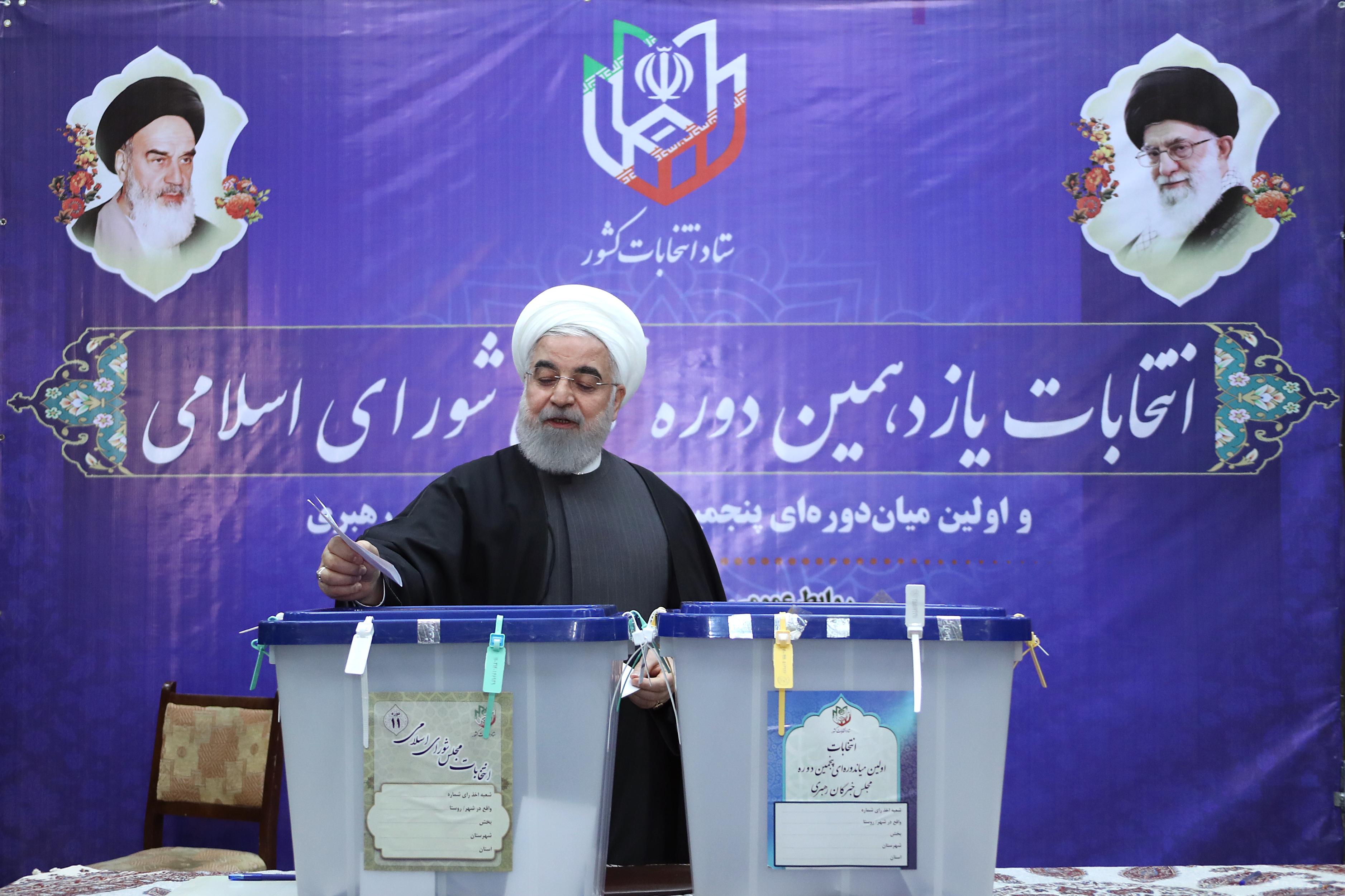 أسئلة جزائرية: الانتخابات البرلمانية كأداة لفهم مستقبل العلاقات بين إيران وأمريكا