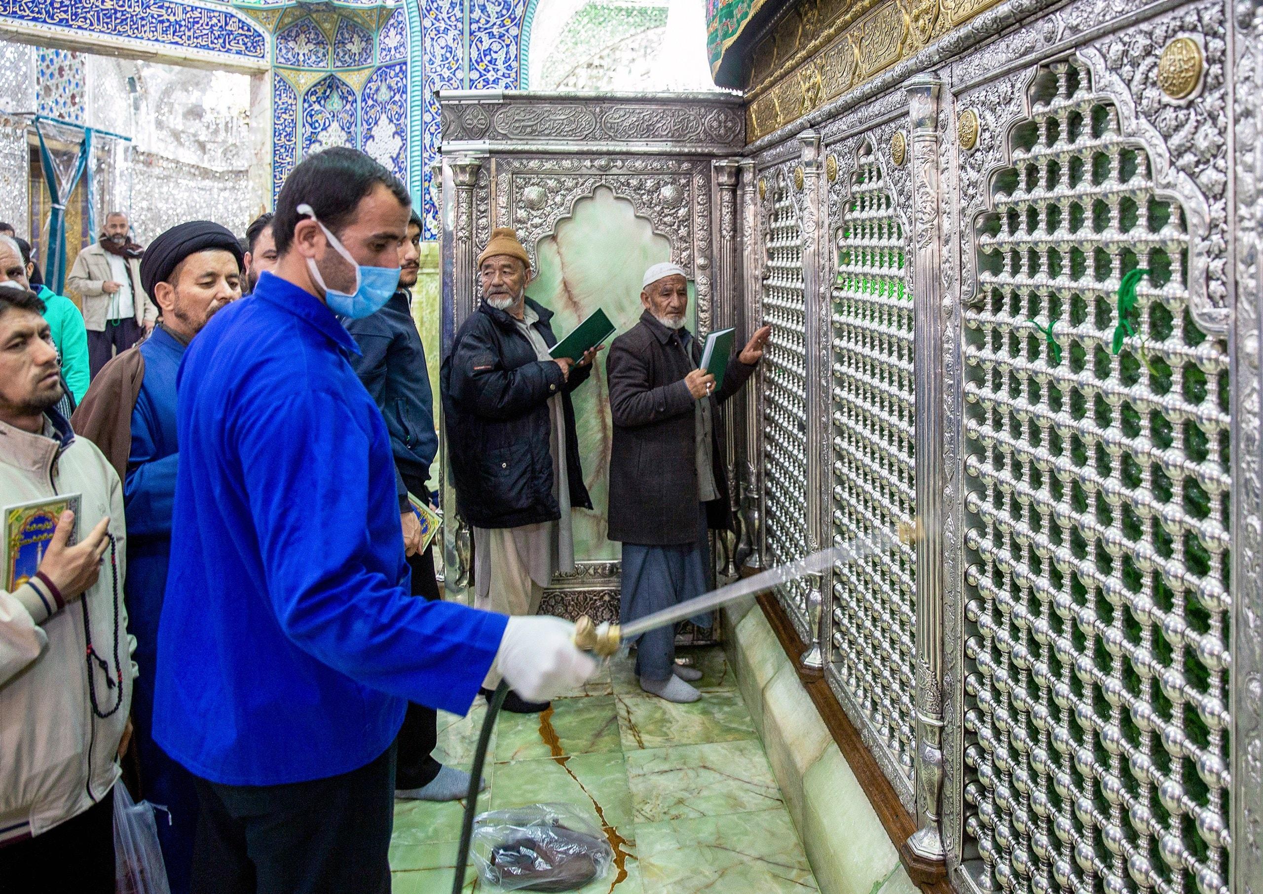 كورونا يدخل مرحلة خطيرة في إيران قد يصعب السيطرة عليها