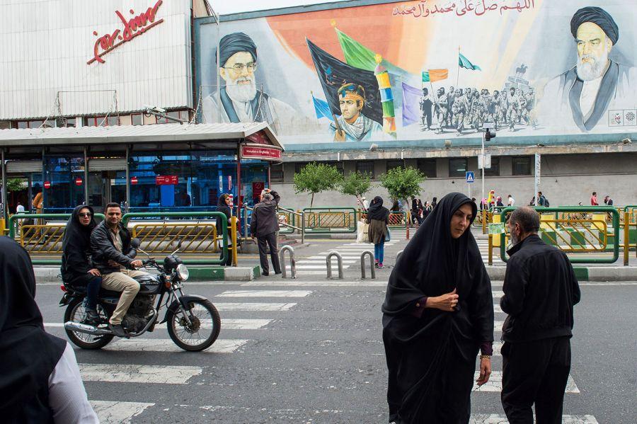 الاستقطاب في السياسة الخارجية الإيرانية.. المبادئ والاستراتيجيات