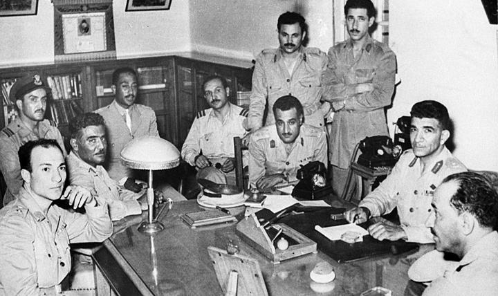موقف إيران من ثورة 23 يوليو 1952