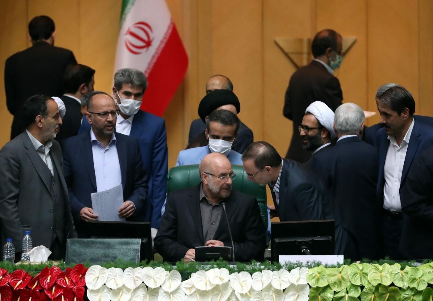هل يمكن أن يعول الشعب الإيراني على برلمانه بعد مئة يوم من انطلاقه؟!