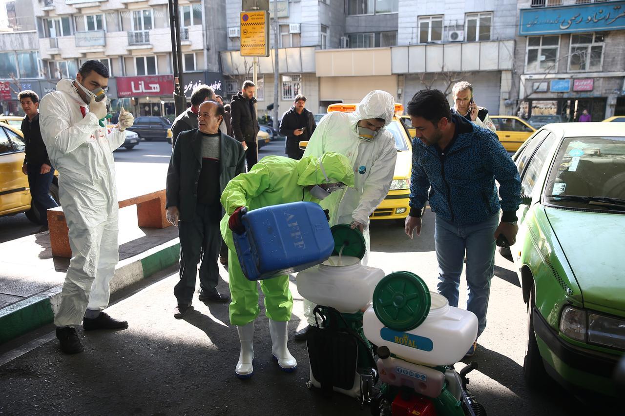تأثيرات اقتصادية: تداعيات كورونا على سياسات طهران الخارجية