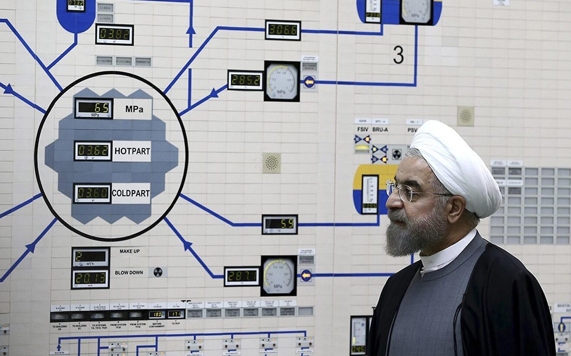 حل معضلة رفض الغرب امتلاك إيران السلاح النووي