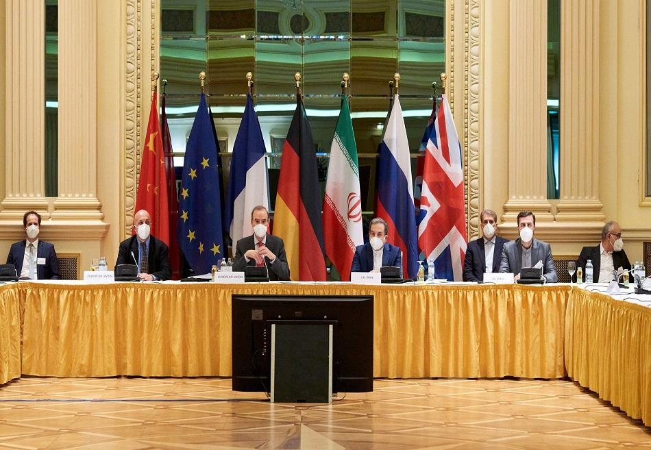 أثر اتفاق فيينا النووي المحتمل على سياسات إيران الداخلية